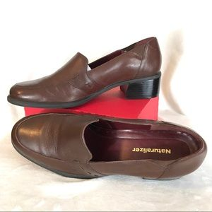 NATURALIZER Size 9N Brown Leather Shoes EUC